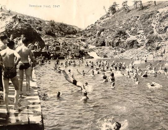 Rennies River Pool 1947